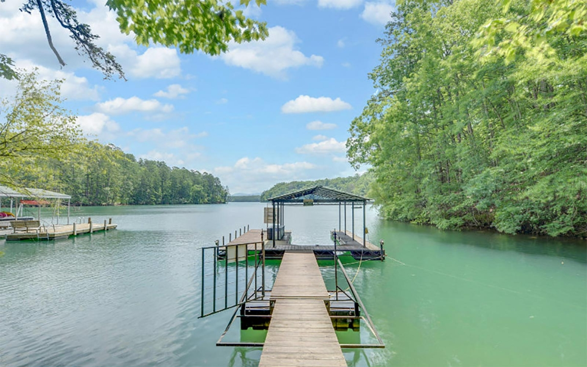 5 Places To Look For Your North Georgia Lake Home Mountain Country
